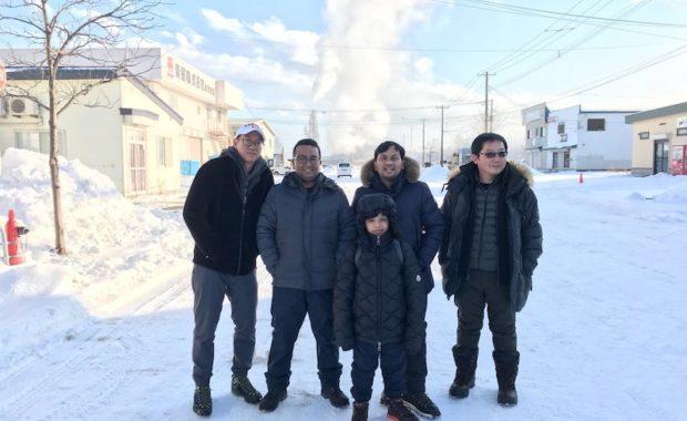 dr. Tompi dan Benny Asrul Hokkaido Fotography Tour